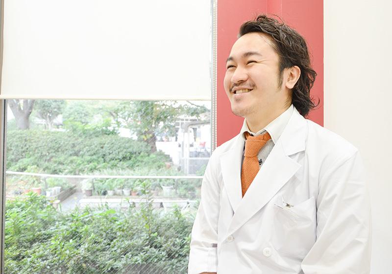 歯科医師 綠野 智康